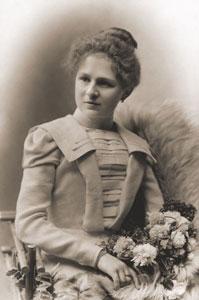Olga Janáčková, daughter of Zdenka and Leoš Janáček, in 1899